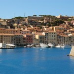 Elba. Een eiland om verliefd (op) te worden. De haven van Portoferraio