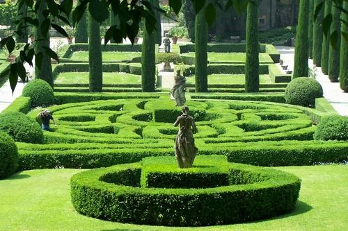 De top 20 mooiste parken en tuinen van itali il giornale d gratis krant en website over itali - Wijnstokken pergola ...