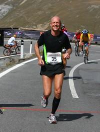 Hardlopen en fietsen naar de top van de Stelvio