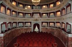 Het lieflijke Teatro dei Differenti in Barga