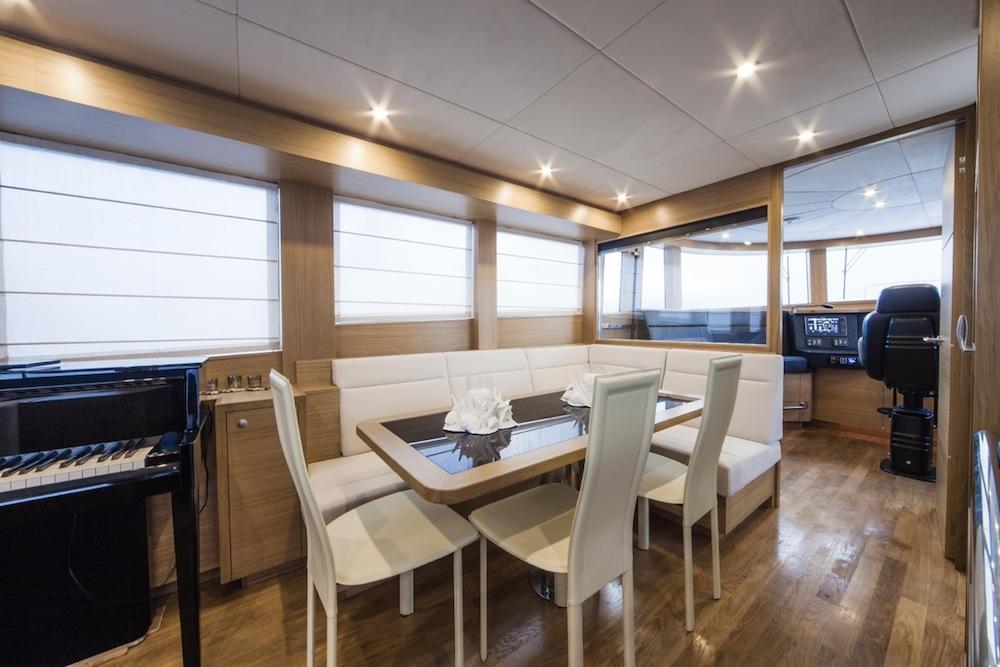 Andrea-Bocelli-22m-motor-yacht-02-big