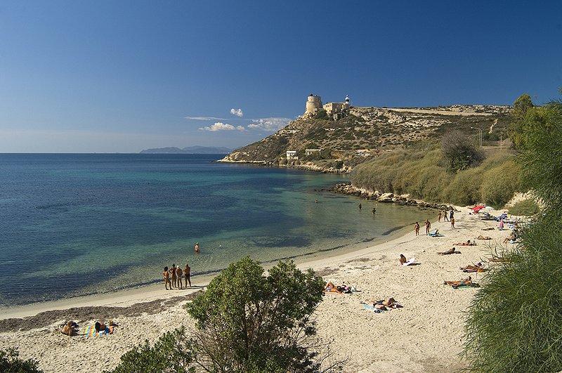 Calamosca bij Cagliari op Sardinië. Een populaire ontmoetingsplek