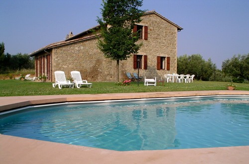 Het Casa Verde & Casa Blu in het groene Umbrië heeft een privé zwembad!