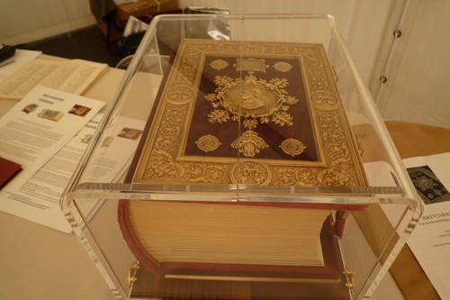 Daar is ie dan, het duurste boek, 22.000 euro alstublieft