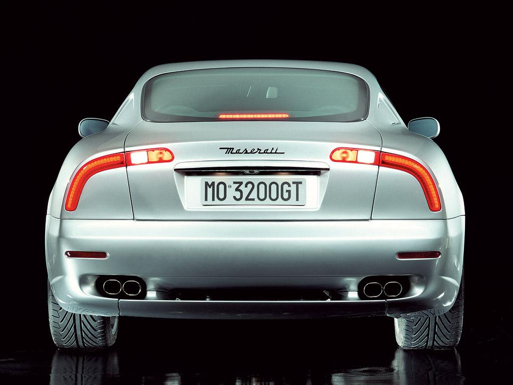 De Maserati 3200 GT met de befaamde achterlichten