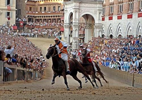 De beroemde Palio in Siena