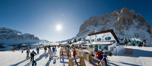 De beroemde culinaire Comici Hütte. Een visrestaurant op 2.200 meter.