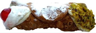 De handgemaakte Cannoli met Siciliaanse schapenricotta