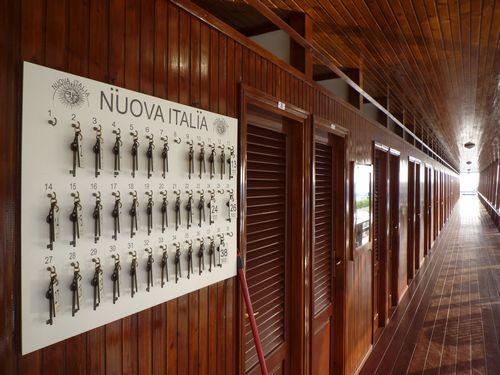De luxe badhokjes van stabilimento Nuova Italia in Viareggio