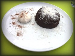 Dessert met biologische chocolade in Sorrento