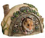 Dit hamstertje heeft een casetta, een klein huisje
