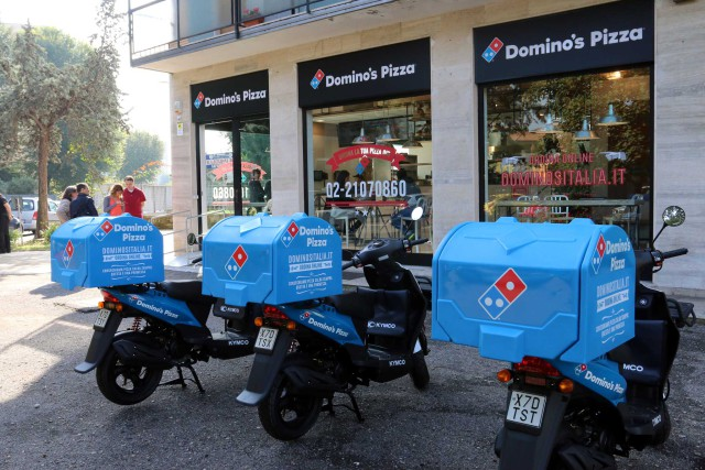 Dominos-Pizza-Milano-640x427
