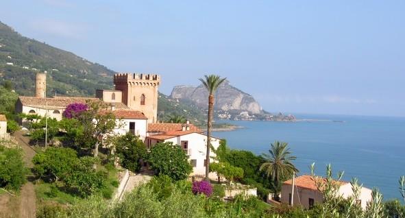 Een van de unieke accomodaties bij Cefalu op Sicilië