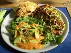 Goed gevuld vegetarisch bord