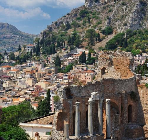 Het beroemde Griekse theater in Taormina