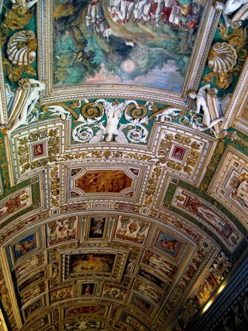 Het wereldberoemde plafond van de Sixtijnse kapel