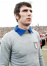 Keeperslegende Dino Zoff speelde in een echte grijze trui