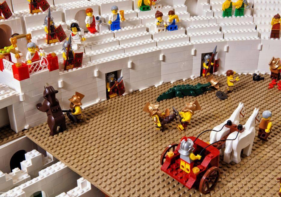 LEGO Colosseum3