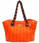 Oranje handtas van Prada
