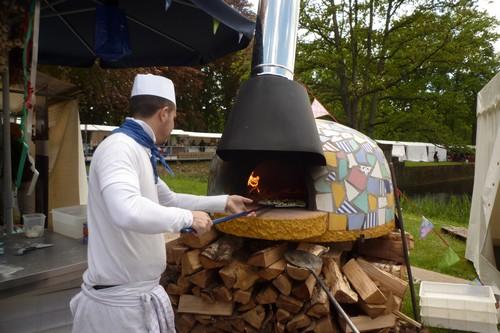 Pizza, uit de houtoven op zijn lekkerst