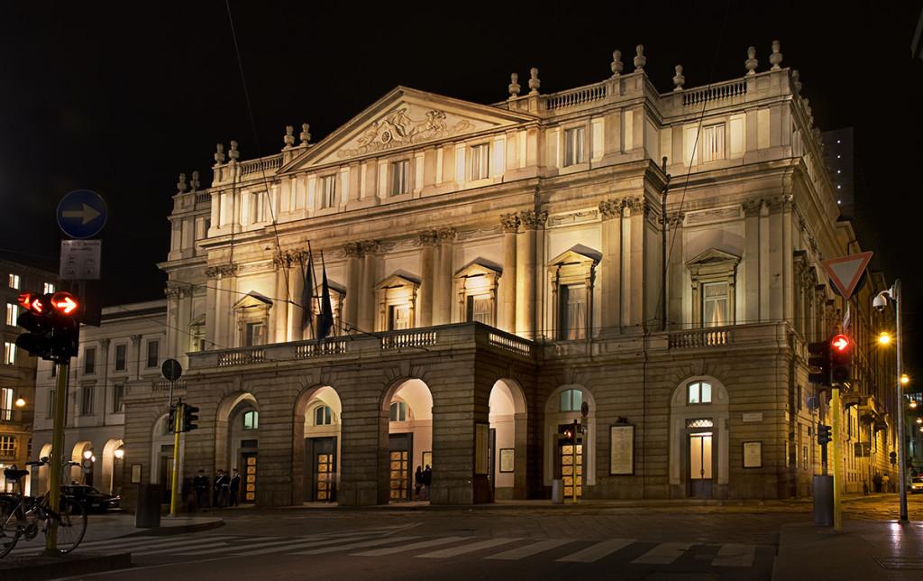De gevel van La Scala