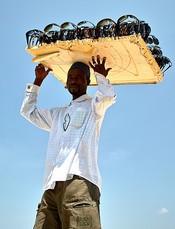 Afrikaanse strandverkopers in Italie