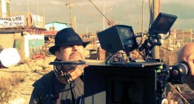 Claudio Caligari bezig aan zijn laatste klus.