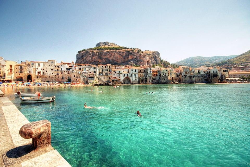 Cefalu op Sicilië