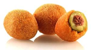 Olive Ascolane, grote gevulde olijven met een gefrituurd korstje