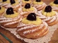 Zeppole, traditioneel vaderdag en San Giuseppe lekkernij